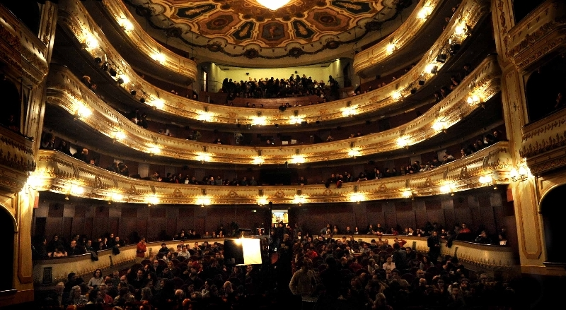 Teatro Rosalía
